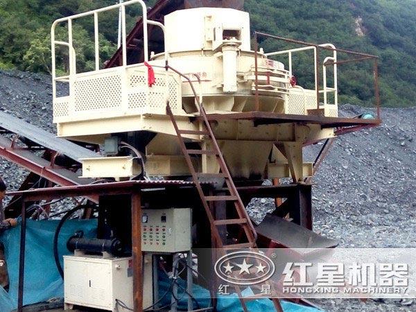石灰石制砂机工作原理|石灰石整形机工作流程